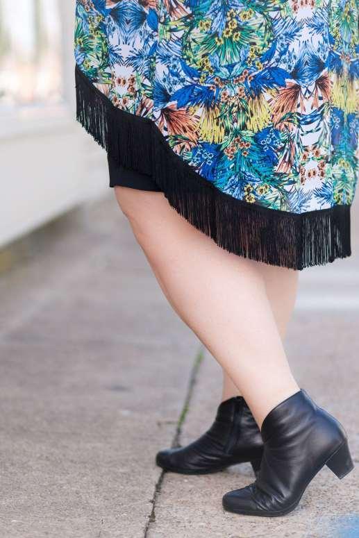 SWAK Janis Fringe Kimono on Authentically Emmie
