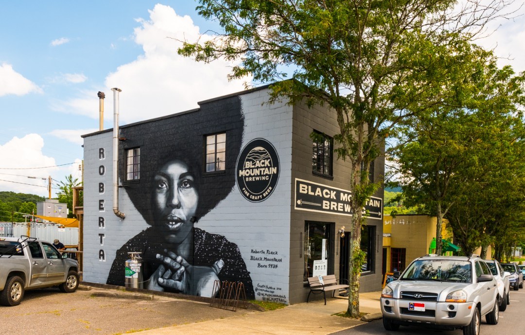 a mural on the wall of Black Mountain Brewing of Roberta Flack, painted by artist Scott Nurkin.