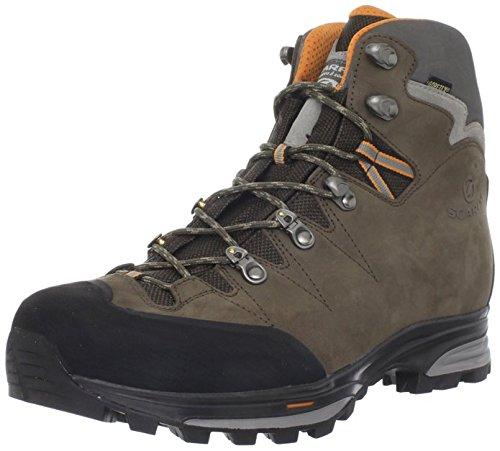 Scarpa Men's Zanskar GTX Hiking Boots Dark Brown 46 and Hiking Sock Bundle