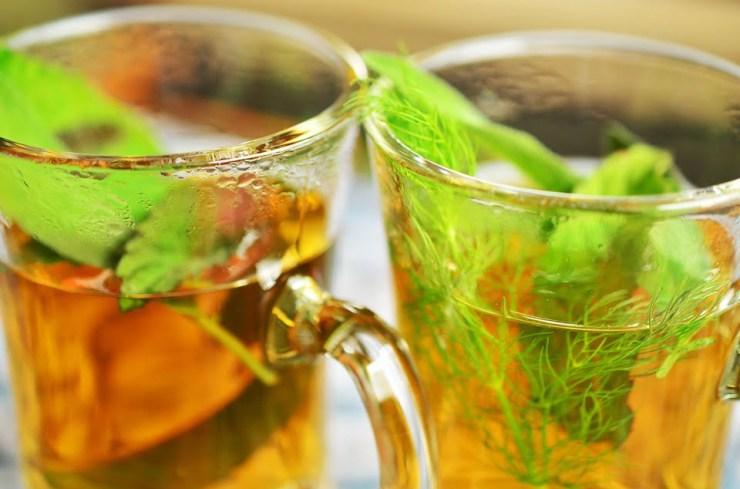 ceai de plante medicinale