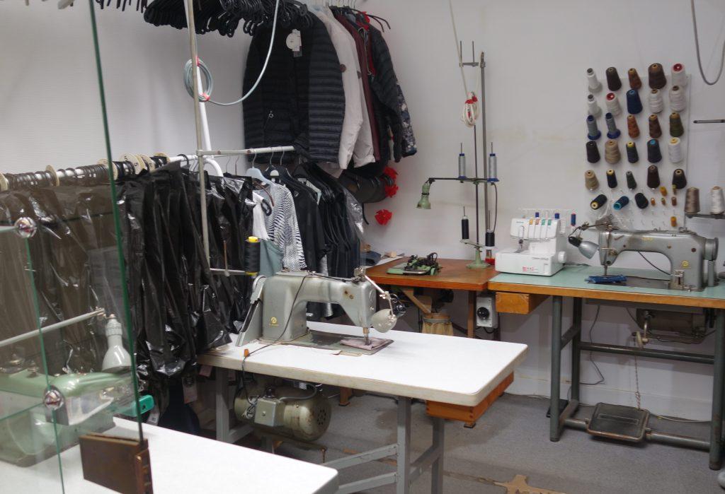 Atelier de couture du magasin Authier à Saint-Yrieix