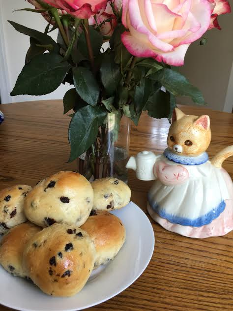 Peter Rabbit's Currant Buns
