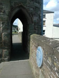 photo with view through the gatehouse on the Monnow Bridge, Monmouth
