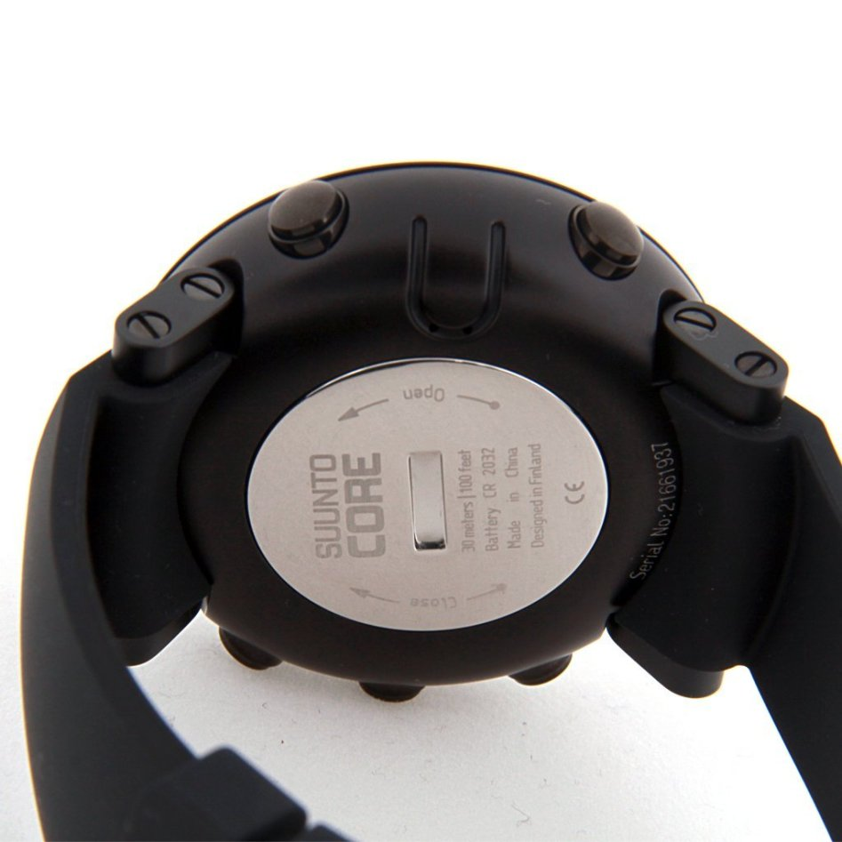 Suunto Core Wrist Watch Review Ultimate Black The Has A 30m 100water Resistance Rating Which Generally Is Not Acceptable For Scuba Diving Though Many Have Taken This To 50depth