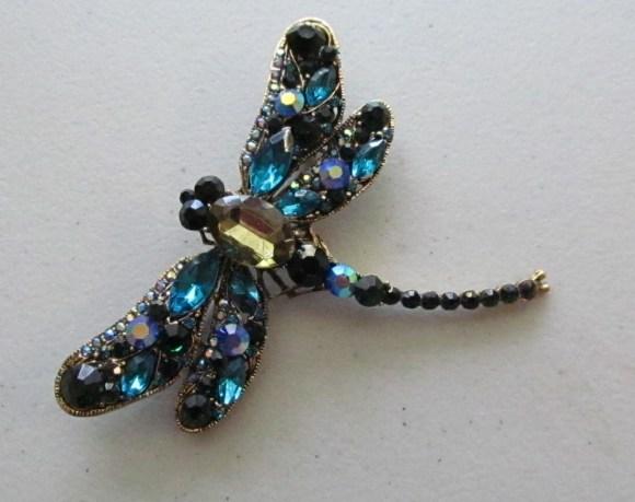 Dragonflies - a brooch