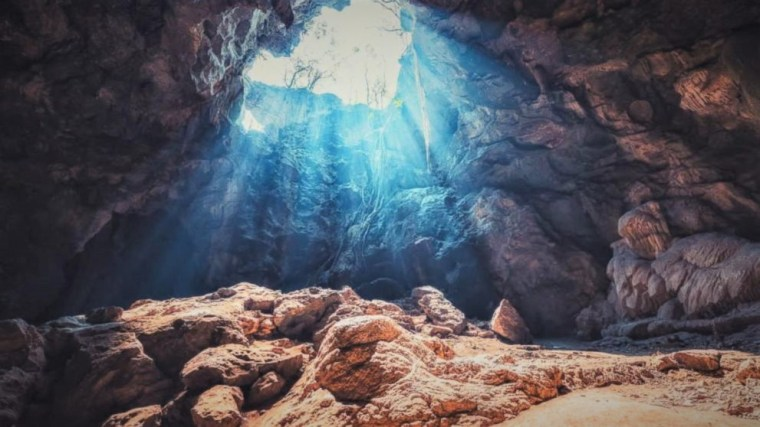 This is your quest Author joanne reed Athena Goddess of Wisdom Advice from a cave