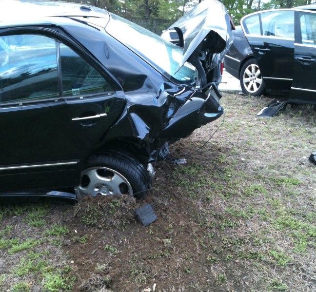black mercedes car accident