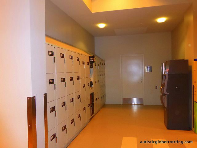 Taking your kids with Autism to the Mall of America lockers