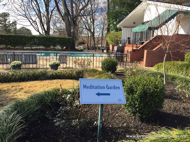 Visiting Graceland with Family in Memphis Tennessee garden