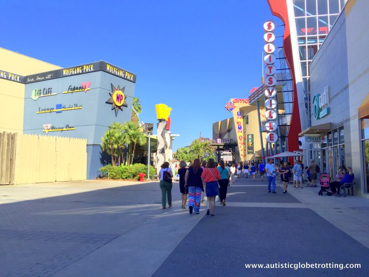 Best Family Friendly Activities in Orlando Apart from Theme Parks splitsville