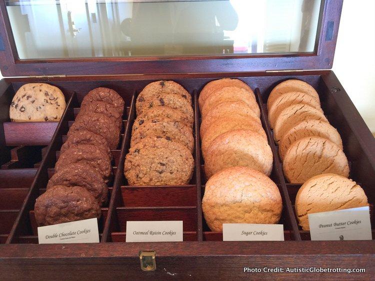 The Ritz-Carlton Orlando Grande Lakes Executive Lounge cookies