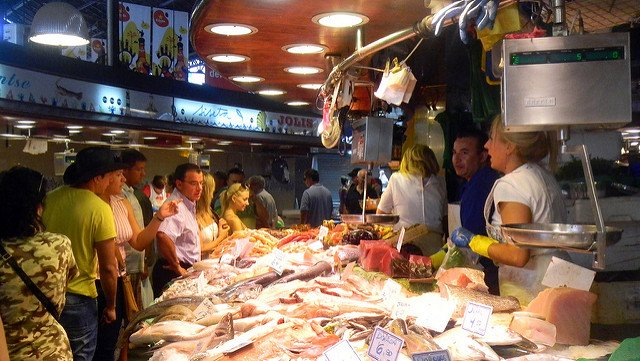Ten Best Things to do with Kids in Barcelona market