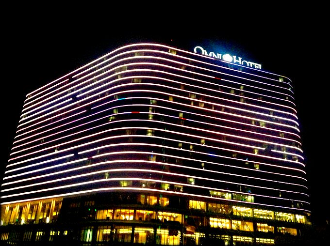 How the Omni Dallas Hotel caters to Special Needs Travelers FACADE