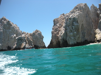 Visiting Cabo San Lucas' El Arco With Autistic Kids waves