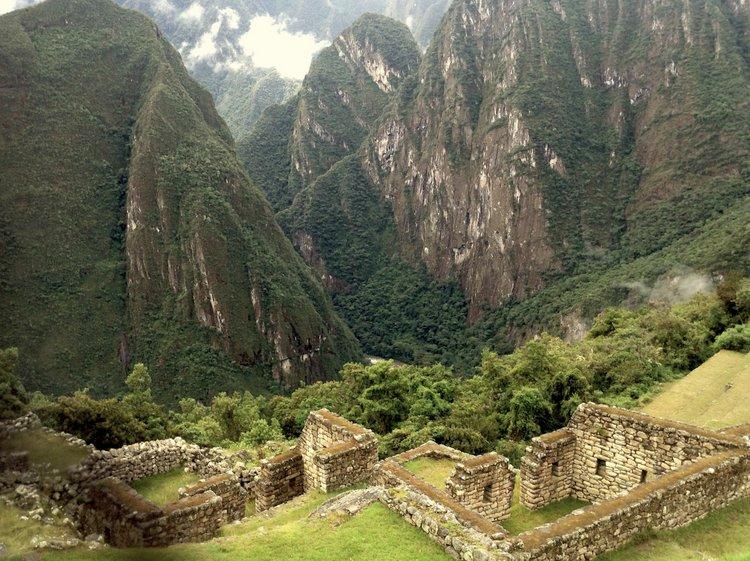 Exploring Peru's Machu Picchu with Family fog