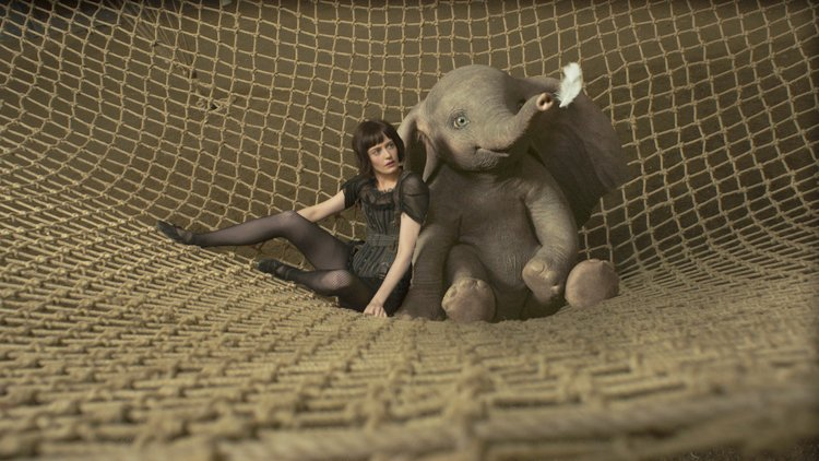 Tim Burton's Dumbo Soars Captivating Audiences of all Ages collette