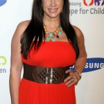 Real housewives of New Jersey star defends Jenny McCarthy after autism row