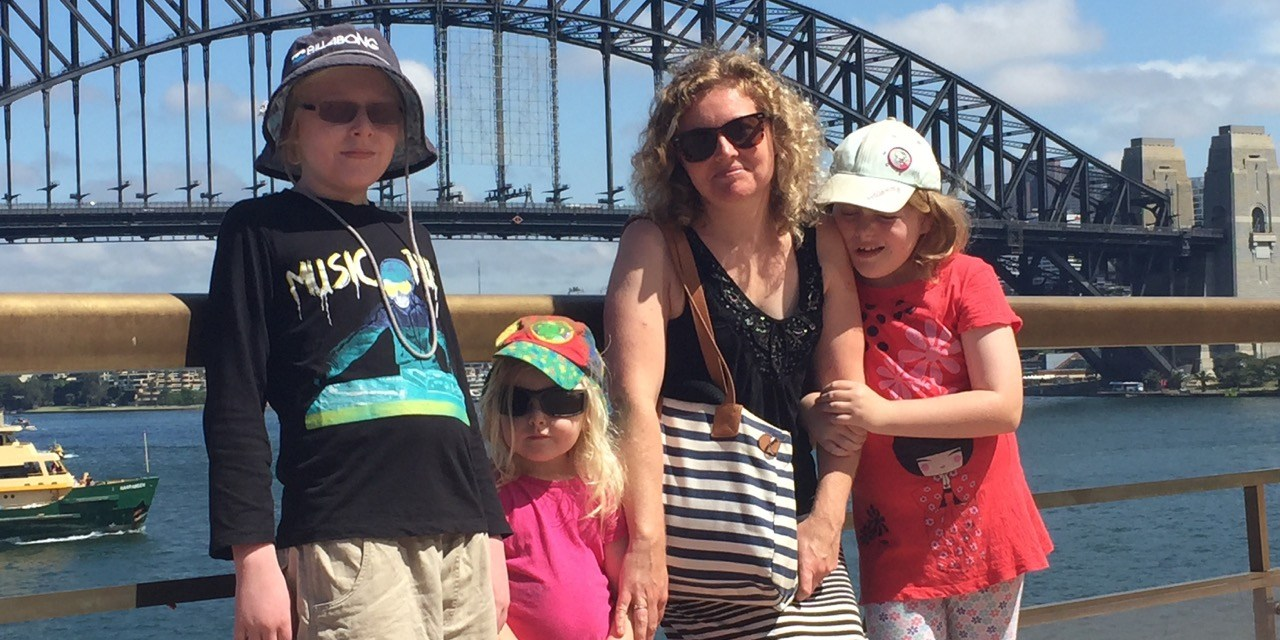 10 Strategies for Planning a Family Holiday