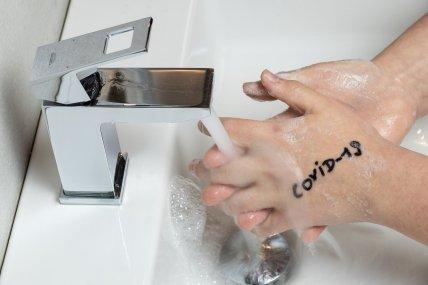 wash-hands-4989196_1920