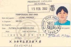 Ficha federativa de Messi correspondiente a 2002