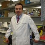 El científico José Ramón Alonso logra dos premios Prismas de divulgación científica