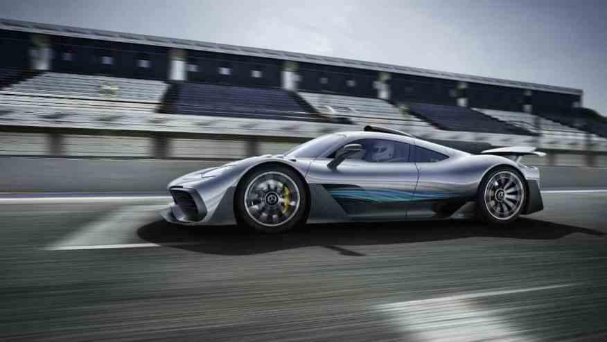 HYBRID SPORTS CAR MERCEDES-AMG PROJECT ONE