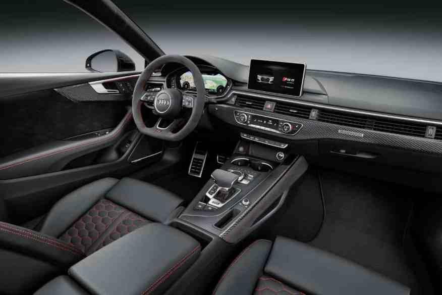 PERFORMANCE SPORTS CAR AUDI RS5