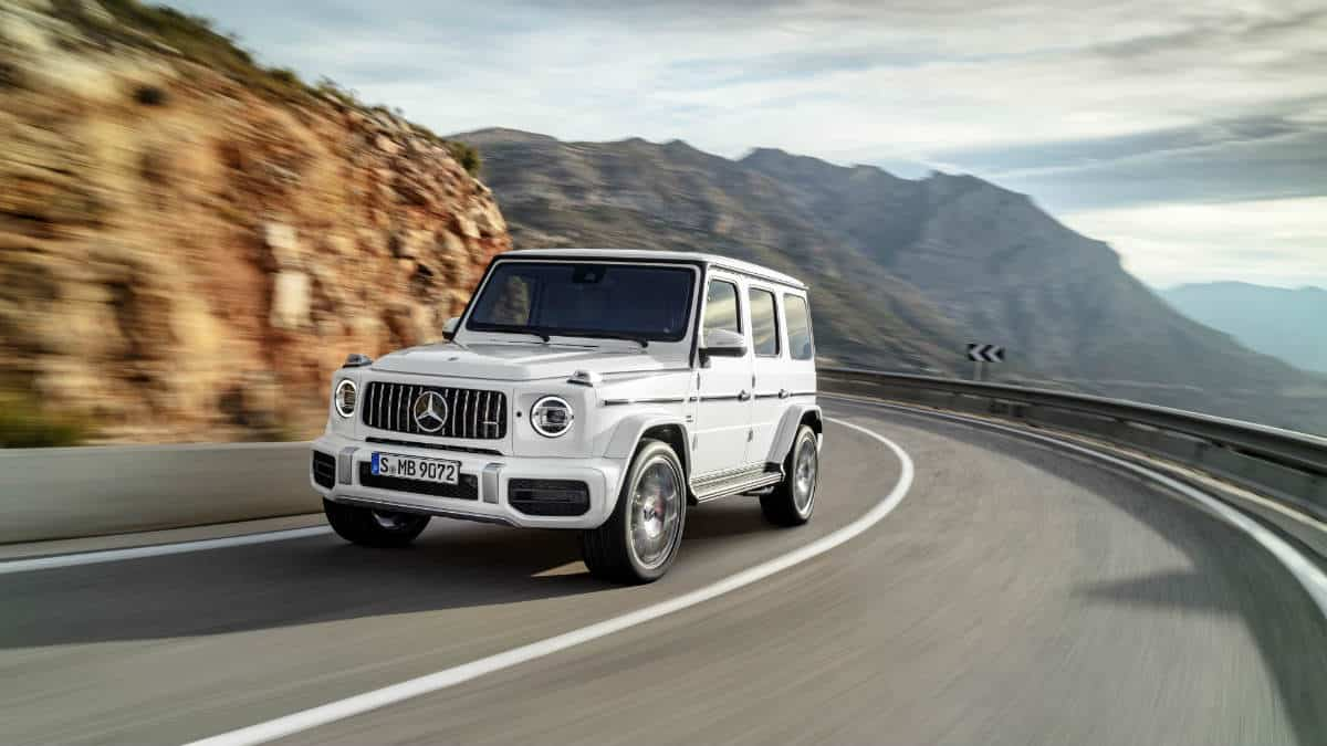 LUXURY SUV MERCEDES-AMG G 63