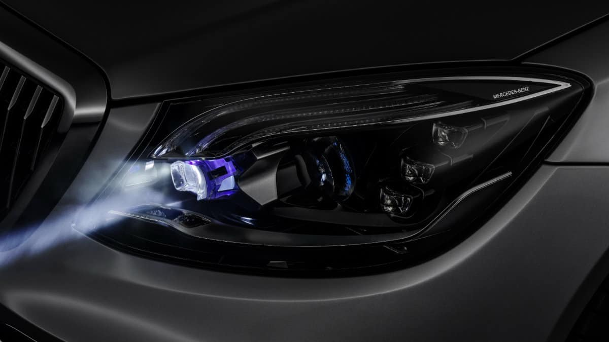 LIGHTNING TECHNOLOGY MERCEDES DIGITAL LIGHT