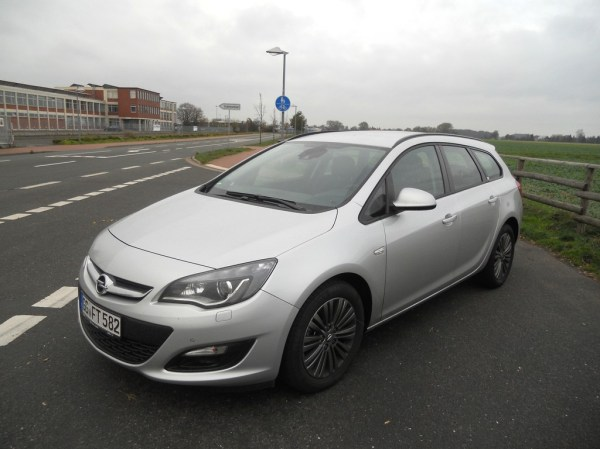 2013 Opel Astra j sports tourer – pictures, information ...