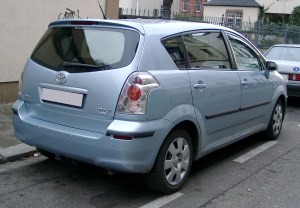2008 Toyota Corolla verso – pictures, information and