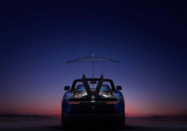 2021-Rolls-Royce_Boat_Tail-%20(4)