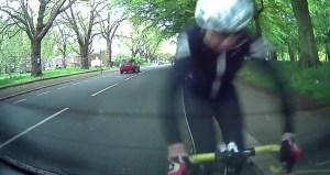 Soužití mezi cyklisty a řidiči na silnicích není jednoduché, shodují se obě skupiny