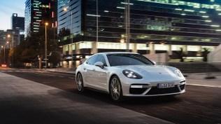 Porsche-Panamera-Turbo-S-E-Hybrid- (1)