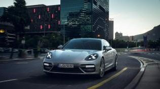 Porsche-Panamera-Turbo-S-E-Hybrid- (3)