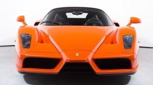 Ferrari_Enzo_Rosso_Dino_2017_prvni_sada_01_800_600