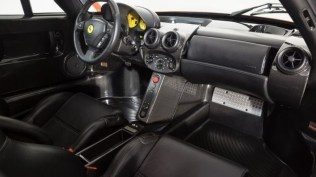 Ferrari_Enzo_Rosso_Dino_2017_prvni_sada_50_800_600