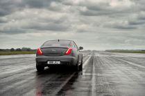 03-Jaguar-XJR575