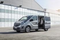 Opel-Vivaro-Tourer- (5)