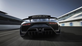 06-mercedes-amg-project-one-1