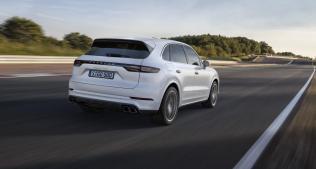 2018-Porsche-Cayenne-Turbo-frankfurt-2017- (7)