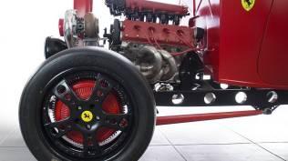 1932-ford-hot-rod-ferrari-motor-prodej- (18)