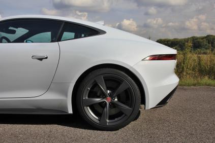 Test-Jaguar-F‑Type-400-Sport-AWD-Coupe- (23)