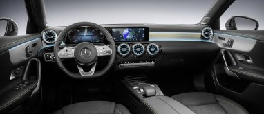 2018-mercedes-benz-tridy-a-interier- (6)