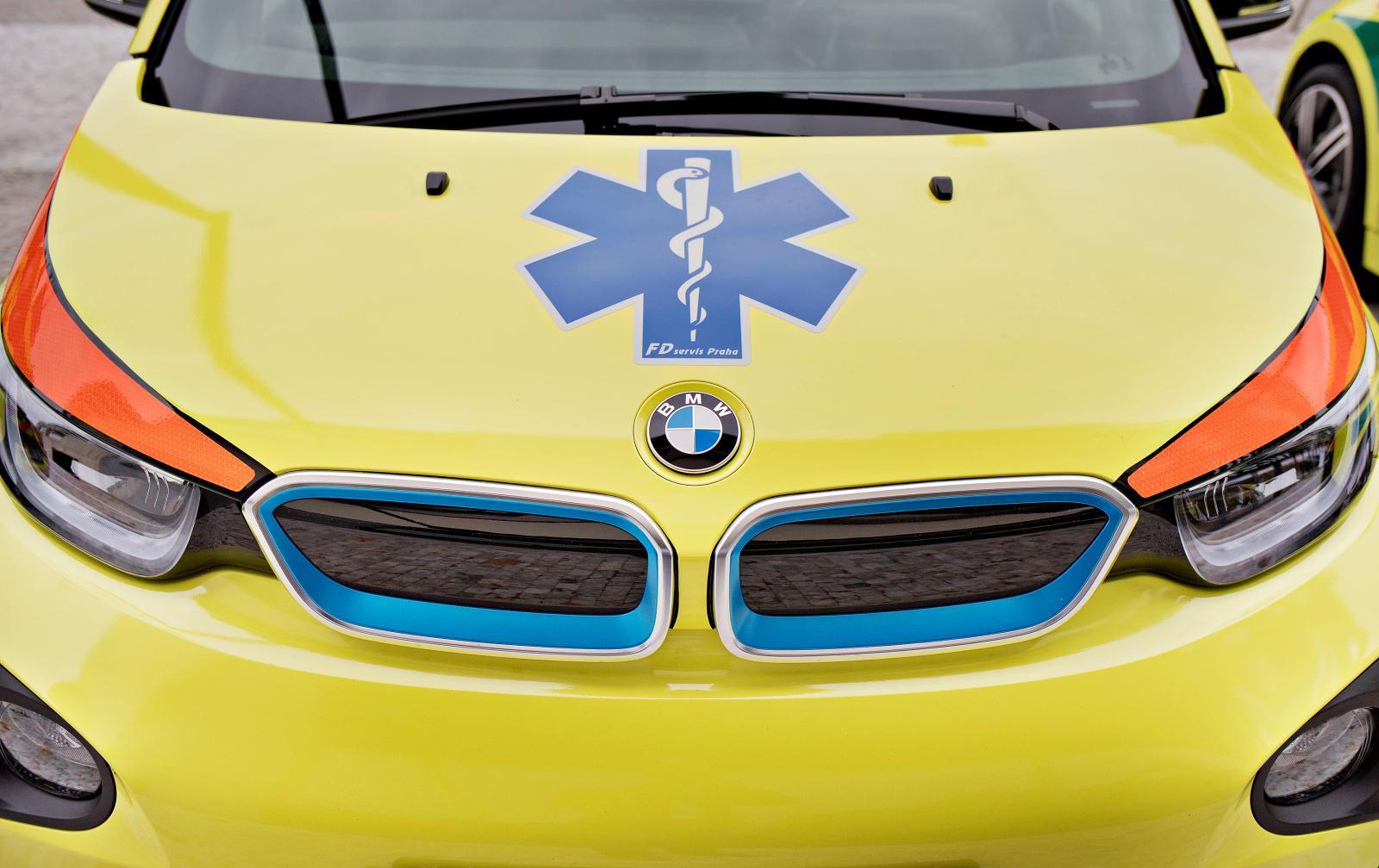 elektromobil-bmw-i3-zachranna-zdravotnicka-sluzba- (7)
