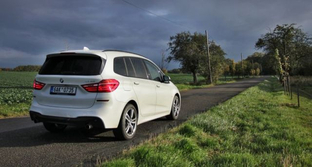 test-2017-bmw-220i-gran-tourer-at-p4