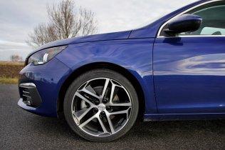 Test-Peugeot-308-SW-20-blueHDi-150-EAT6- (21)