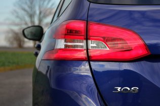 Test-Peugeot-308-SW-20-blueHDi-150-EAT6- (22)