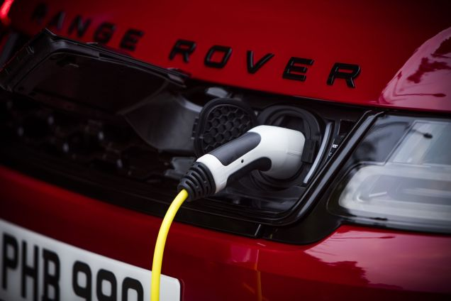 Range-Rover-Sport-PHEV-Dragon-Challenge- (4)