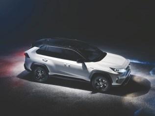 2018-toyota-rav4-hybrid-nyias- (2)